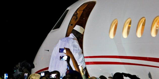 Former Gambian president Yahya Jammeh boards a private jet before departing Banjul airport, Gambia January 21, 2017 into exile. REUTERS/Afolabi Sotunde