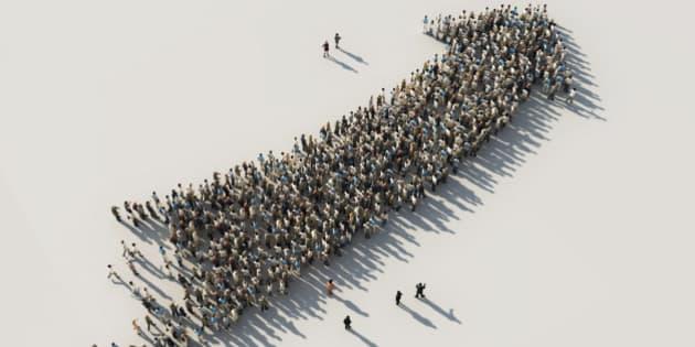 arrow of crowds