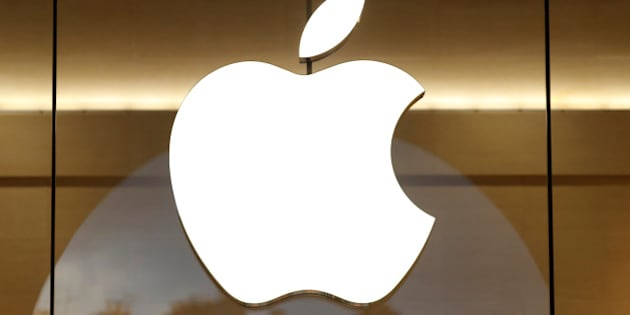 The Apple logo is seen on the facade of the new Apple Store in Paris, France, January 5, 2017. REUTERS/Charles Platiau