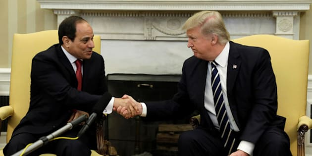 U.S. President Donald Trump meets Egyptian President Abdel Fattah al-Sisi in the Oval Office of the White House in Washington, U.S., April 3, 2017. REUTERS/Kevin Lamarque