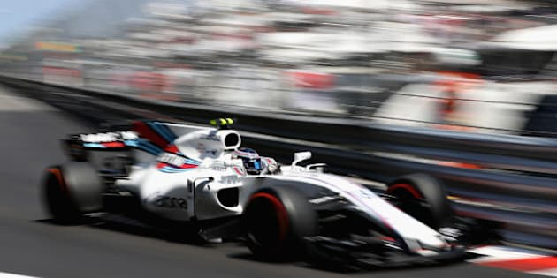 MONTE-CARLO, MONACO - MAY 28: Lance Stroll of Canada driving the (18) Williams Martini Racing Williams FW40 Mercedes on track during the Monaco Formula One Grand Prix at Circuit de Monaco on May 28, 2017 in Monte-Carlo, Monaco.  (Photo by Mark Thompson/Getty Images)