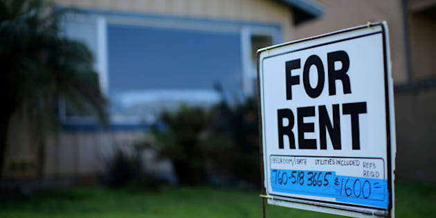 "FILE PHOTO - A ""For Rent"" sign is posted outside a residential home in Carlsbad, California, U.S. on January 18, 2017.  REUTERS/Mike Blake/File Photo"
