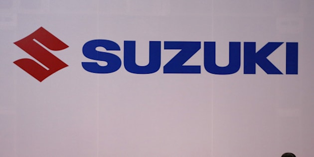 The logo of Suzuki Motors is displayed at the 44th Tokyo Motor Show in Tokyo, Japan, November 2, 2015.  REUTERS/Issei Kato/File Photo         TPX IMAGES OF THE DAY