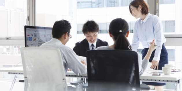 Businessmen to discuss happily