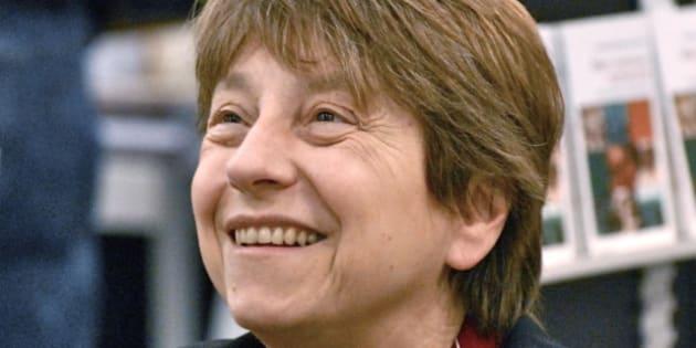 Description fr:Françoise David | Françoise David , lors du Salon international du livre de Québec 2012 | Source | Date 2012-04-13 | Author  ...