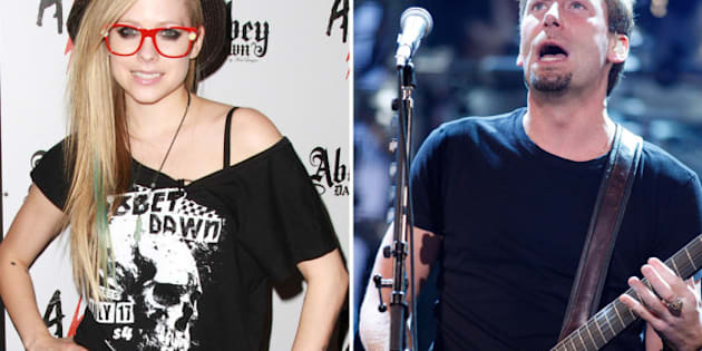 Avril Lavigne Wedding Dress: Singer May Make Own Wedding Dress When ...