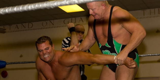 Description Fit Finlay applies an armbar to Harry Smith in the main event of Stampede Wrestling's 6th November 2011 show. |  ...