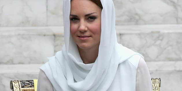 KUALA LUMPUR, MALAYSIA - SEPTEMBER 14:  Catherine, Duchess of Cambridge visits Assyakirin Mosque on day 4 of Prince William, Duke of Cambridge and Catherine, Duchess of Cambridge's Diamond Jubilee Tour of the Far East on September 14, 2012 in Kuala Lumpur, Malaysia.  Prince William, Duke of Cambridge and Catherine, Duchess of Cambridge are on a Diamond Jubilee Tour of the Far East taking in Singapore, Malaysia, the Solomon Islands and the tiny Pacific Island of Tuvalu.  (Photo by Chris Jackson/Getty Images)