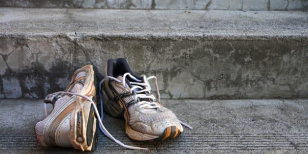 Mauvaises Odeurs: Comment Désodoriser Des Chaussures Qui Sentent Mauvais
