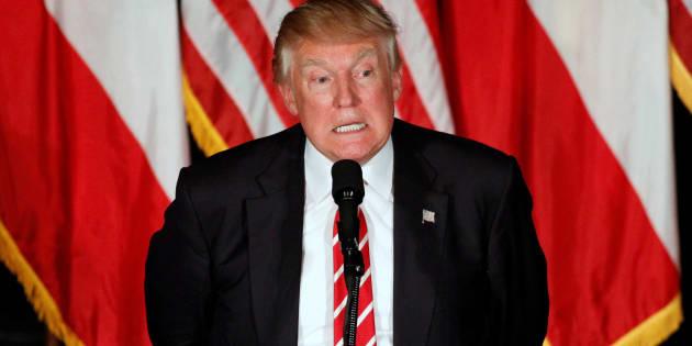 Republican presidential candidate Donald Trump addresses an audience at The Fox Theatre in Atlanta, Georgia, June 15, 2016.  REUTERS/Chris Aluka Berry
