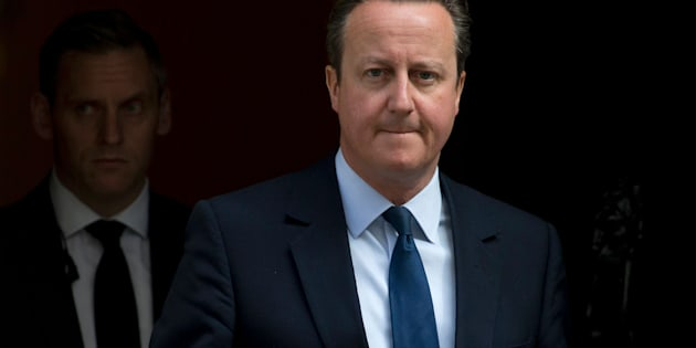 LONDON, UNITED KINGDOM - JUNE 24:  British Prime Minister David Cameron resigns on the steps of 10 Downing Street on June 24, 2016 in London, England. The results from the historic EU referendum has now been declared and the United Kingdom has voted to LEAVE the European Union.  (Photo by Dan Kitwood/Getty Images)