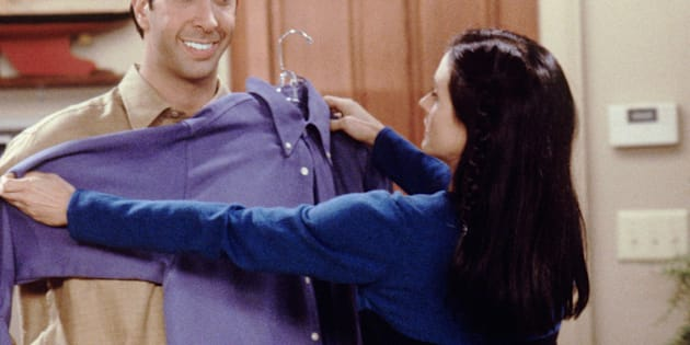 FRIENDS -- 'The One with Ross' Teeth' Episode 8 -- Air Date 11/18/1999 -- Pictured: (l-r) David Schwimmer as Dr. Ross Geller, Courteney Cox as Monica Geller  (Photo by NBC/NBCU Photo Bank via Getty Images)