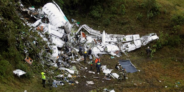 Wreckage from a plane that crashed into Colombian jungle with Brazilian soccer team Chapecoense, is seen near Medellin, Colombia, November 29, 2016. REUTERS/Fredy Builes     TPX IMAGES OF THE DAY