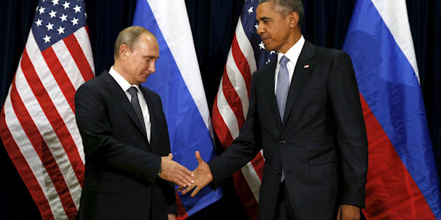 U.S. President Barack Obama meets with Russian President Vladimir Putin during the United Nations General Assembly in New York September 28, 2015. REUTERS/Kevin Lamarque