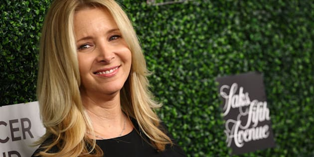 BEVERLY HILLS, CA - FEBRUARY 16:  Lisa Kudrow attends the An Unforgettable Evening held at the Beverly Wilshire Four Seasons Hotel on February 16, 2017 in Beverly Hills, California.  (Photo by Tommaso Boddi/WireImage)