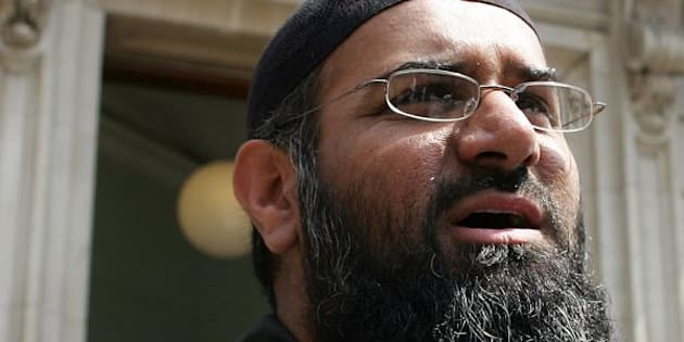Anjem Choudary, the leader of the dissolved militant group al-Muhajiroun, arrives at Bow Street Magistrates Court in London July 4, 2006.