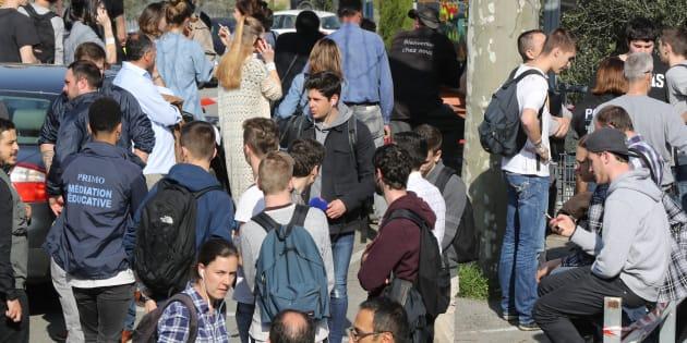 Des élèves du lycée Tocqueville à Grasse le 16 mars 2017.