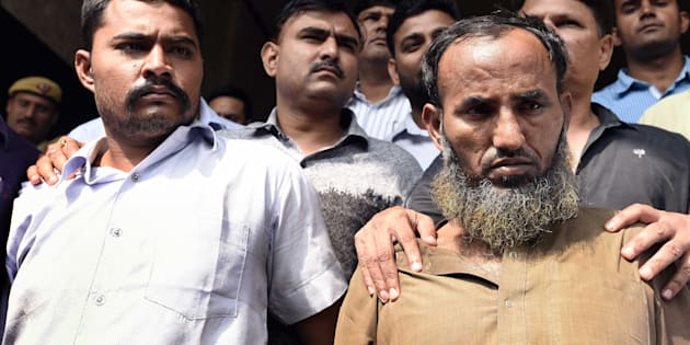 Delhi Police Crime Branch arrested two spies, Maulana Ramzan Khan and Subhash Jangir have busted an espionage racket and apprehended a Delhi based Pakistan Intelligence Operative (PIO), at PHQ on October 27, 2016 in New Delhi, India.