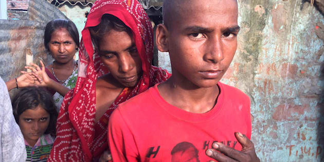 Jhanjhat Manjhi's wife says the police threatened to arrest her and her three minor sons, and even confiscate her house, if she asked for a post-mortem on her husband's body. There is no breadwinner left in the family.