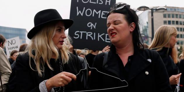 En Pologne, le parlement rejette l'interdiction totale de l'avortement