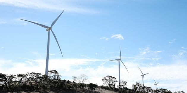 Clean energy experts deny renewable energy is to blame for SA's blackout.