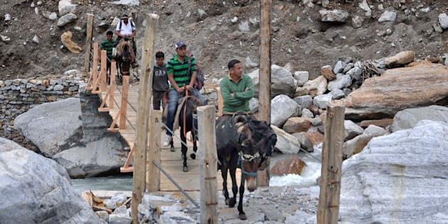 The troops violated the border in Chamoli district of Uttarakhand area.