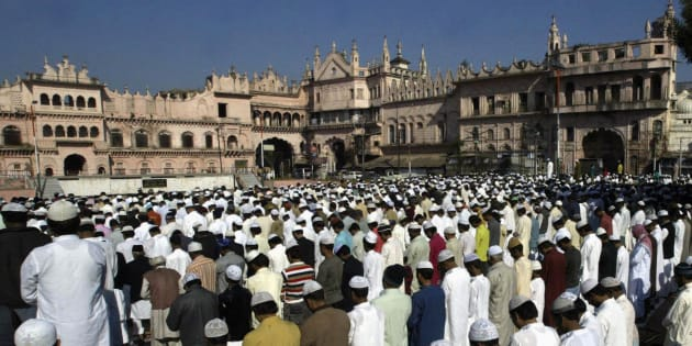 Muslims offer Eid al-Adha prayers in Bhopal November 28, 2009.