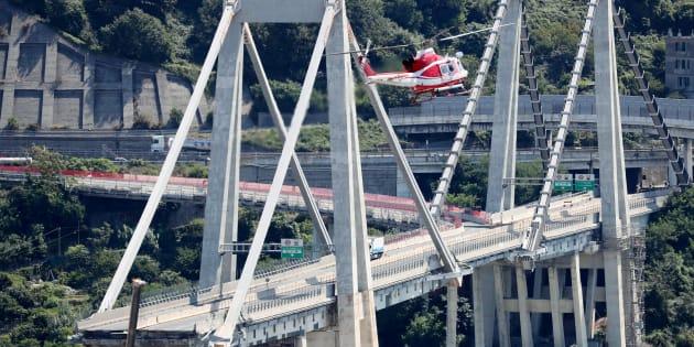 """Gênes: le """"pont de Brooklyn italien"""" était devenu le symbole d'une gouvernance défaillante bien avant son effondrement"""