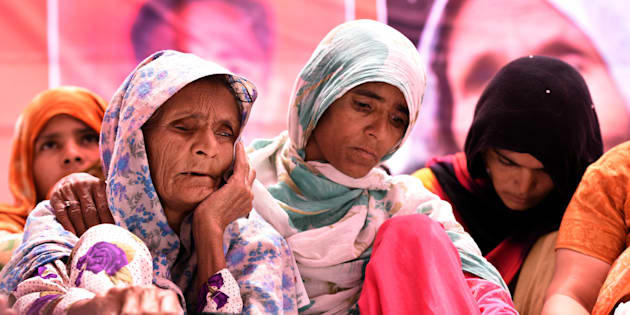 Anguri Begum, mother of Pehlu Khan, sitting on Dharna demanding justice for Alwar victim, at Jantar Mantar on April 19, 2017 in New Delhi, India. (Photo by Sonu Mehta/Hindustan Times via Getty Images)