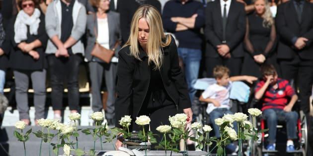 Lors de l'hommage national à Nice samedi 15 octobre, 86 roses blanches ont été plantées en mémoire des victimes.