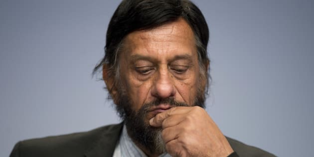 Rajendra Pachauri attends a news conference in Berlin April 13, 2014. REUTERS/Steffi Loos  (GERMANY - Tags: POLITICS ENVIRONMENT)