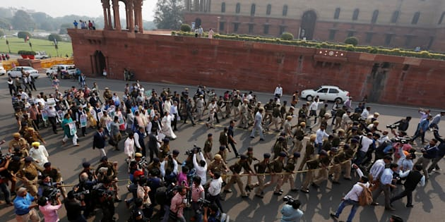 Delegation of members of parliamentarians and leaders from various political parties march towards the Rashtrapati Bhavan protesting against demonetisation.