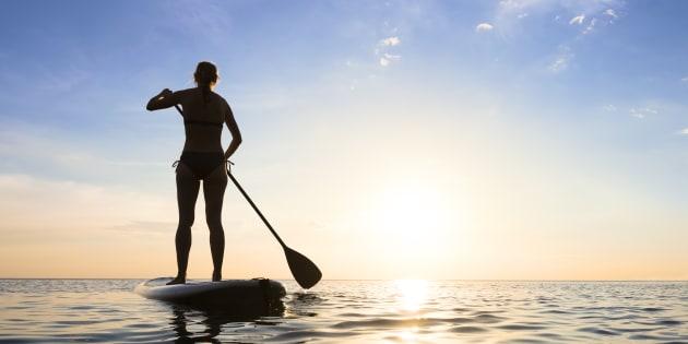 Comment les stand up paddle ont envahi les plages, les lacs et les fleuves
