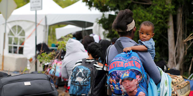 L'été dernier, des centaines de réfugiés haïtiens sont entrés au Canada par le chemin Roxham, fuyant les États-Unis par crainte d'être déportés.