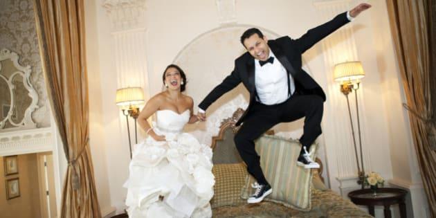 sexe et mariage des couples r v lent ce qu 39 il s 39 est vraiment pass pendant leur nuit de noces. Black Bedroom Furniture Sets. Home Design Ideas