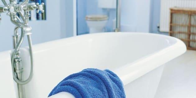 prendre un bain ou une douche qu 39 est ce qui est mieux. Black Bedroom Furniture Sets. Home Design Ideas