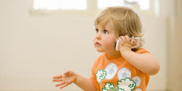 I bambini che a 2 anni conoscono molte parole hanno pi - Bambini in piscina a 3 anni ...