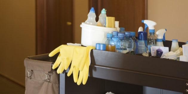 Las limpiadoras de hoteles denuncian su precariedad hay que medicarse para empezar el d a - Que cobra una camarera de pisos ...