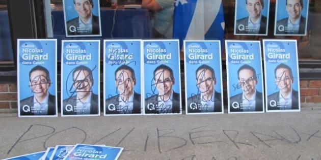 Campagne lectorale plus de 200 pancartes du parti for Divan quebecois