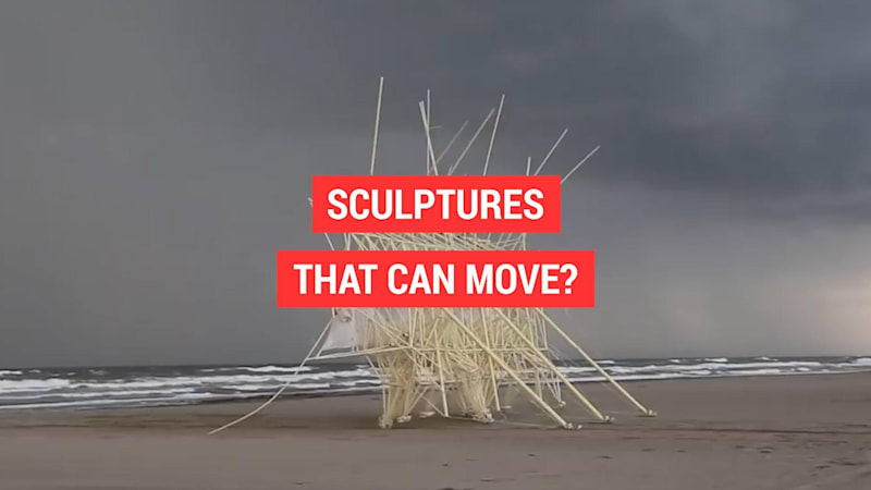 photo image Moving sculptures on the beaches of The Netherlands