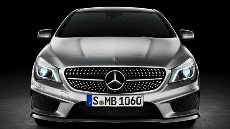 Mercedes fights off late BMW surge to claim 2013 luxury sales crown