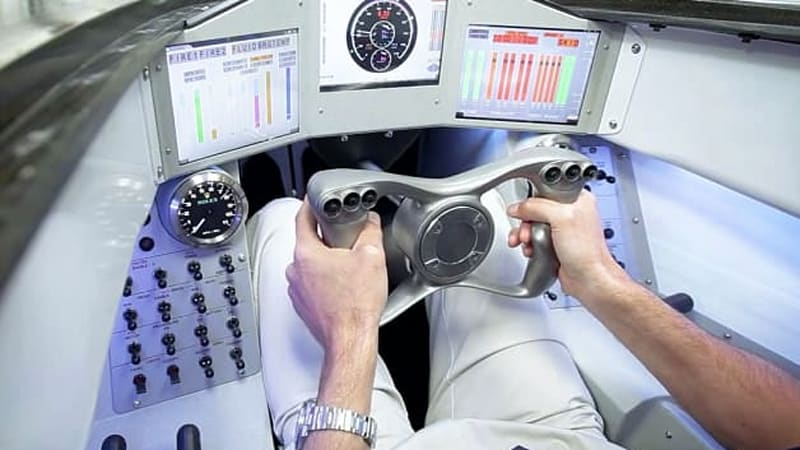 Bloodhound SSC pilot shows off his '1,000-mph office'