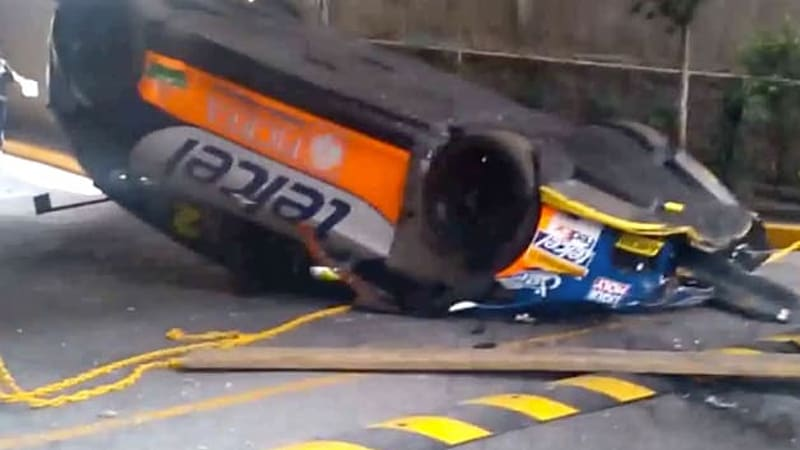 Seat Leon Cupra racecar dropped like it's hot