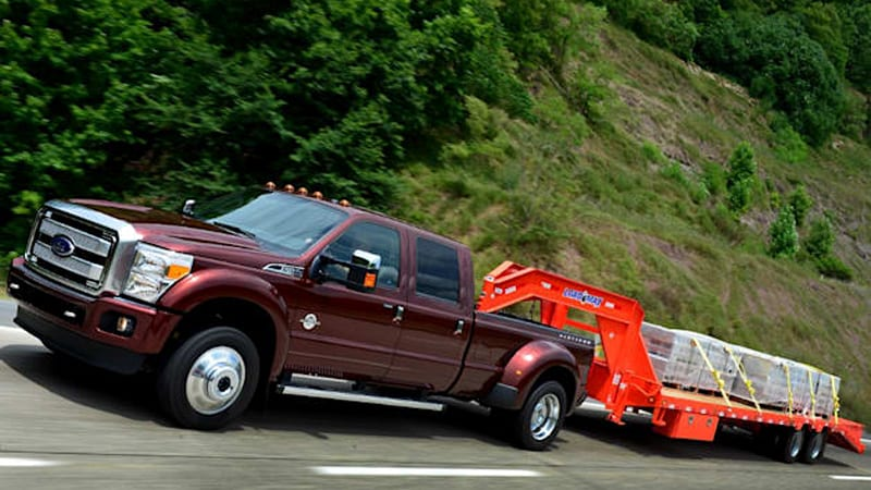 6be3db8b54 Ford F-450 claims best-in-class towing
