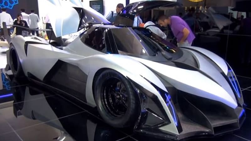 devel sixteen debuts in dubai with alleged 5 000 hp and 350 mph top