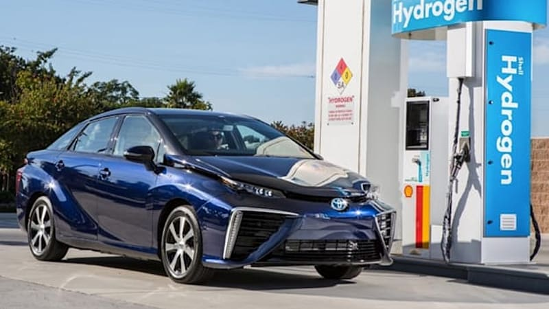 2016 Toyota Mirai Fuel Cell Vehicle Likely To Get 60 Mpge
