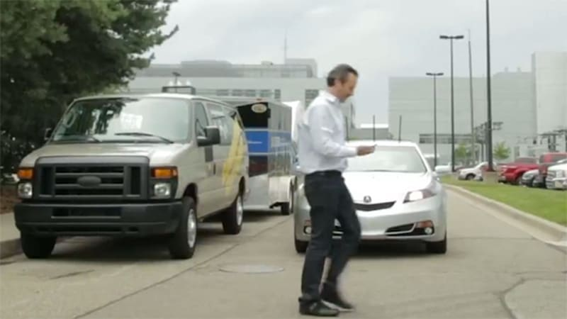 Honda demonstrates new Vehicle-to-Pedestrian safety tech [w/video]