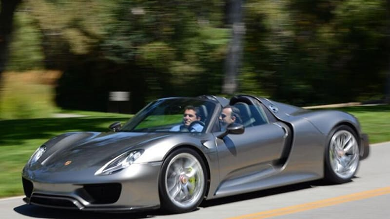 'Latest production version' of Porsche 918 shown off on Twitter