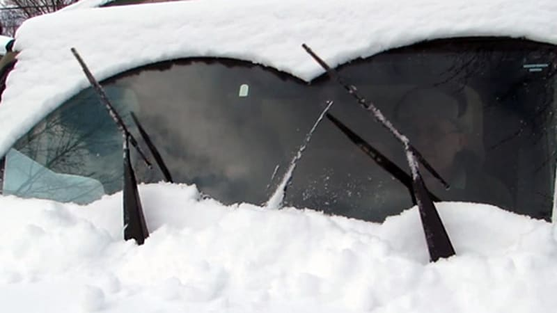 Self-slapping wipers could take the sting from snowy mornings