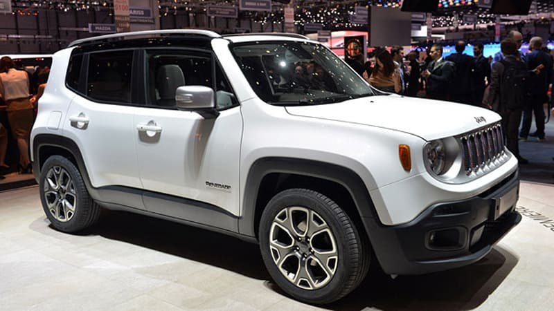 2015 jeep renegade brings the cute autoblog. Black Bedroom Furniture Sets. Home Design Ideas